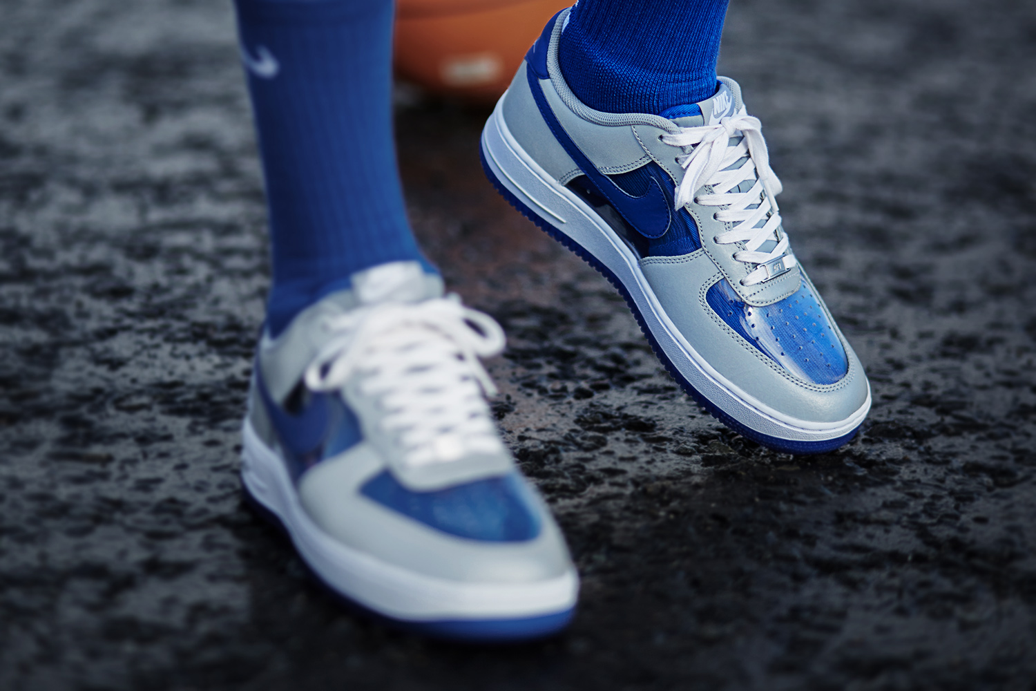 kyrie air force 1
