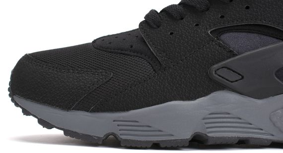 nike-air huarache-black-drk grey