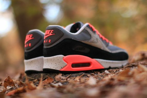 nike-air max 90-hyperpunch-safari_04