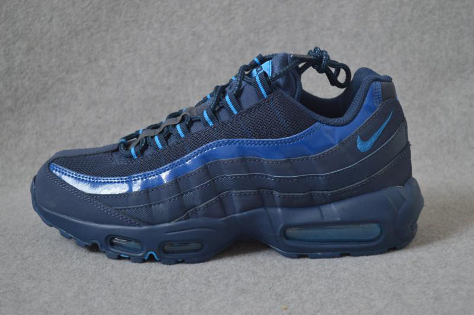 nike-air-max-95-holiday-2015-preview-05