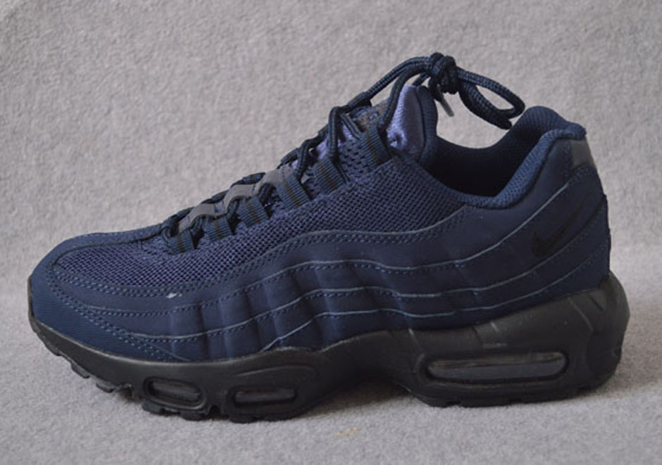 nike-air-max-95-holiday-2015-preview-17