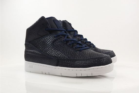 nike-air python-holiday14