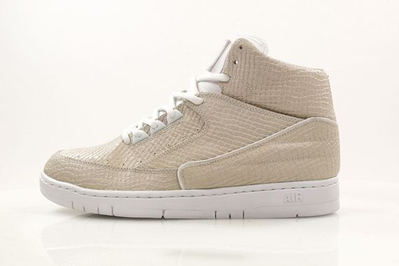 nike-air python-holiday14_03