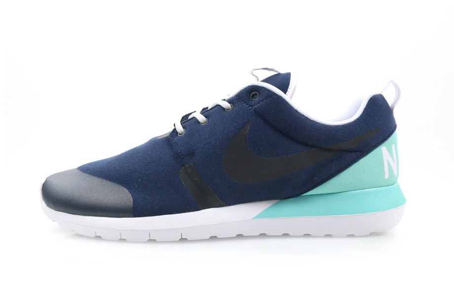 nike-roshe-run-nm-fleece-pack-2