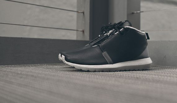 nike-roshe run nm sneakerboot-black-grey_04