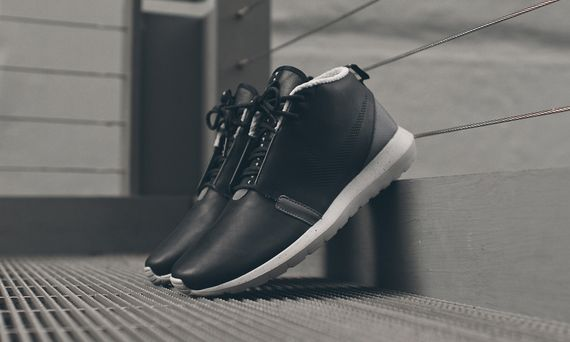 nike-roshe run nm sneakerboot-black-grey_07
