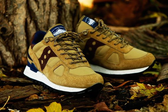 penfield-saucony-shadow-60-40 pack_09