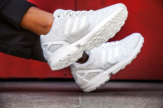 adidas wmns-zx flux-white cheetah