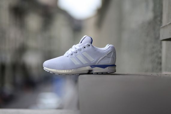 adidas-zx flux-white-bluebird_03