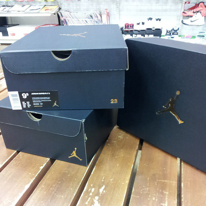 air-jordan-retro-2015-box-black-gold