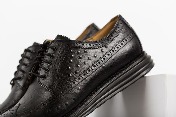 cole haan-lunar grand wingtip-ostrich pack_04