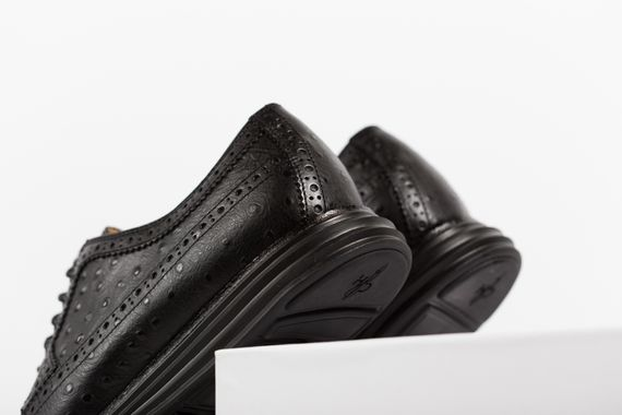 cole haan-lunar grand wingtip-ostrich pack_06