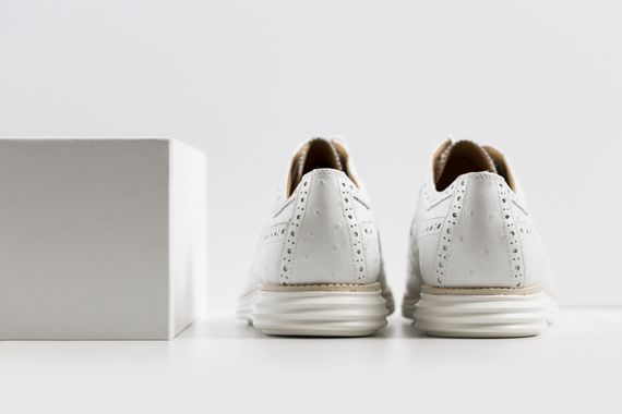 cole haan-lunar grand wingtip-ostrich pack_09