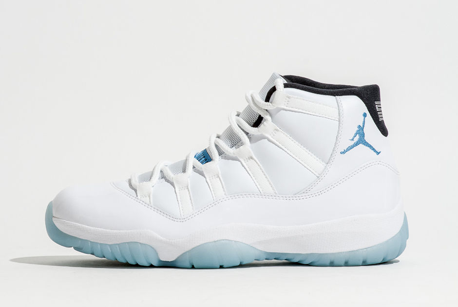 legend-blue-retro-11-foot-locker-release-info-1