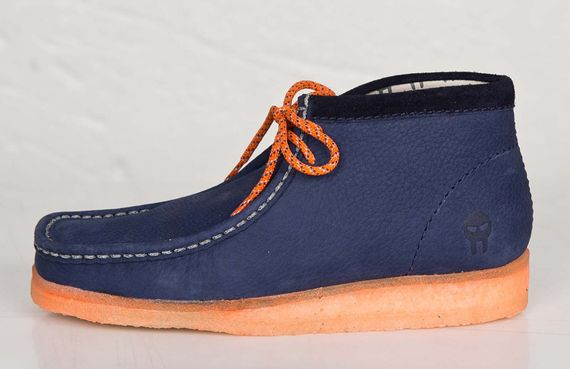 mf doom-clarks-wallabee-navy-orange_03