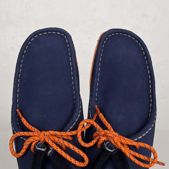 mf doom-clarks-wallabee-navy-orange_06