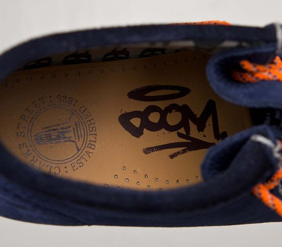 mf doom-clarks-wallabee-navy-orange_07