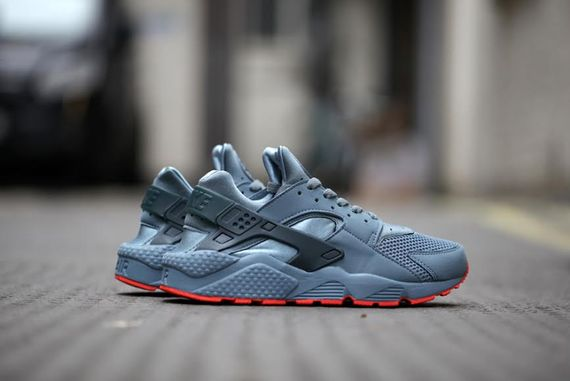 nike-air huarache fb-graphite-crimson