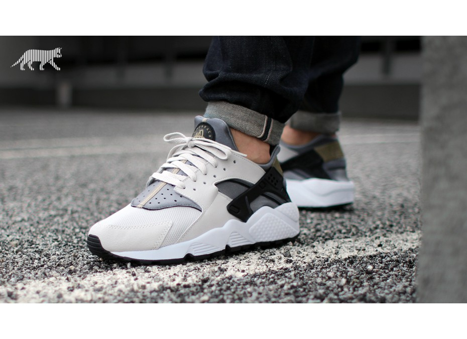 nike-air-huarache-(light-ash-grey-black-cool-grey)-318429-005