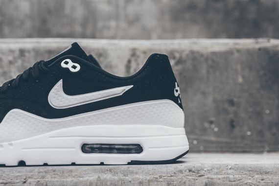 nike-air max 1 ultra moire-black-white_02