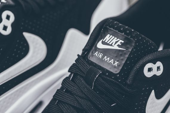 nike-air max 1 ultra moire-black-white_05