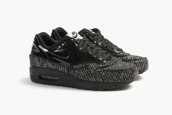 nike-air max 1-vac tech qs