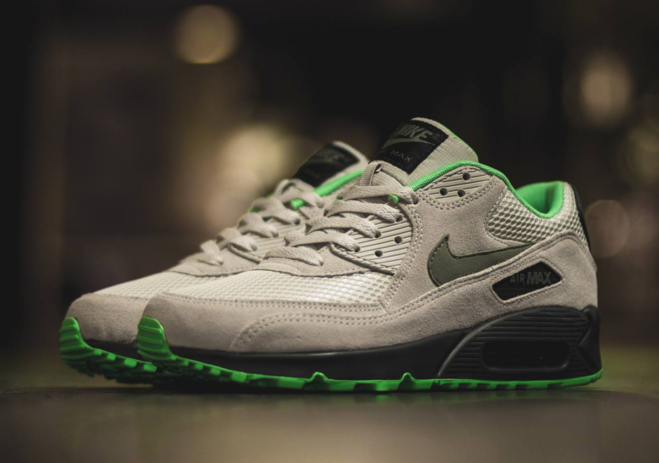 nike-air-max-90-poison-green-1