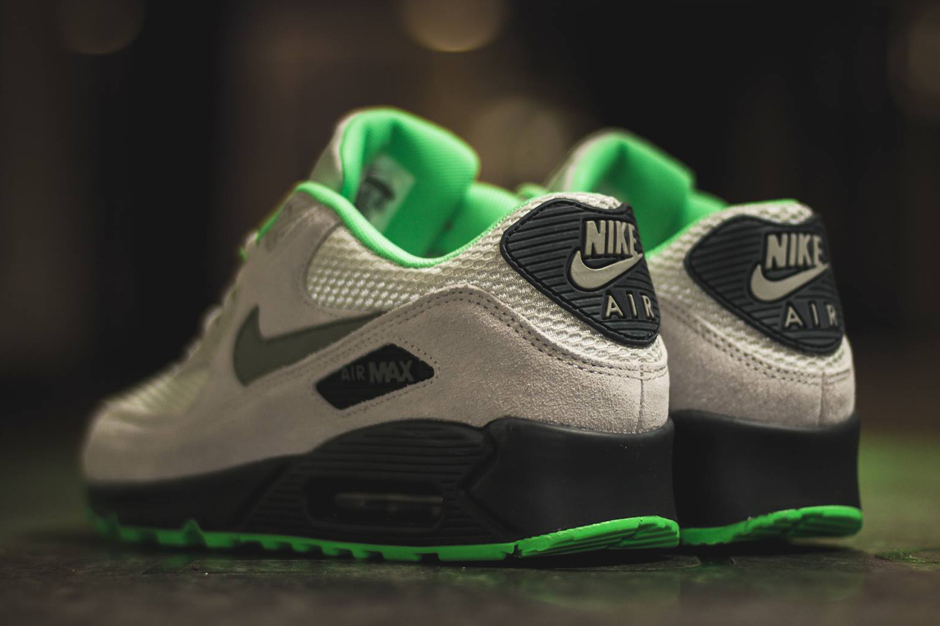 nike-air-max-90-poison-green-3