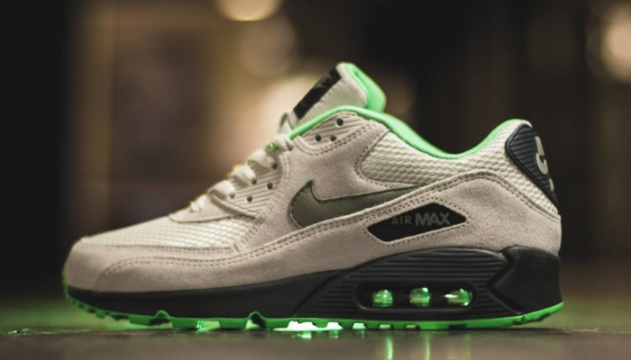 nike-air-max-90-poison-green-700x400