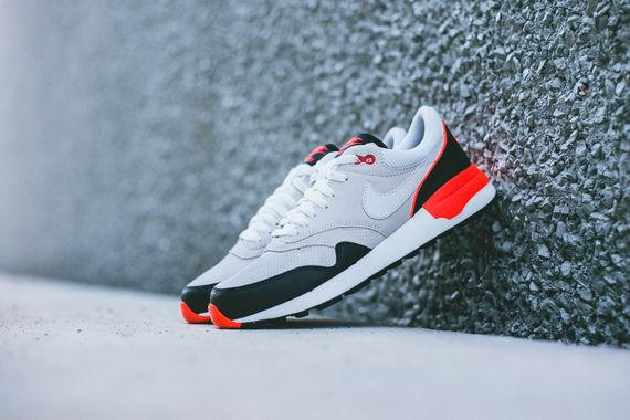 nike-air odyssey-black-gr-red_04