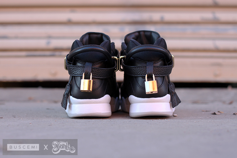 nike-air-tech-challenge-ii-buscemi-03
