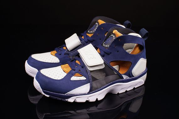 nike-air trainer huarache-medicine ball_02