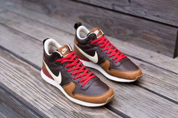 nike-internationalist mid-escape_03