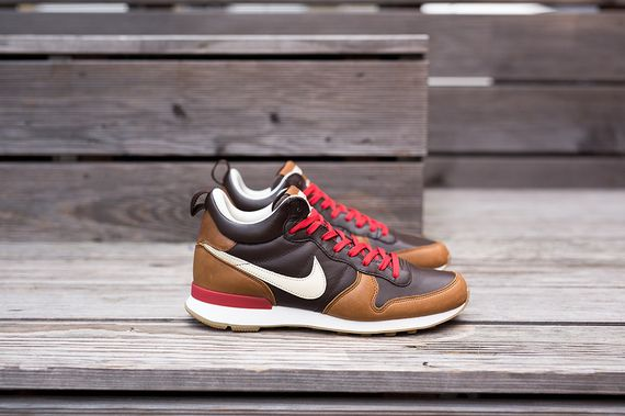nike-internationalist mid-escape_04