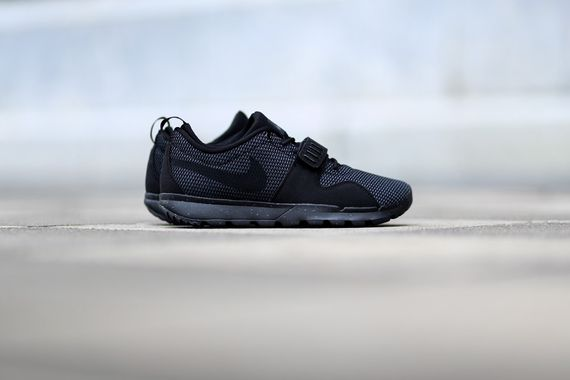 nike sb-trainerendor-black-dark grey_03