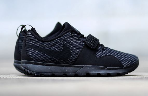 nike sb-trainerendor-black-dark grey_04