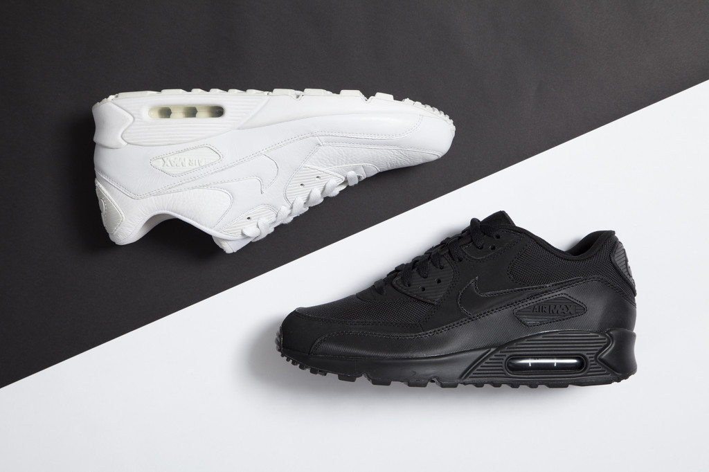 Black-White-Room-Nike-Air-Max-95-1024x682