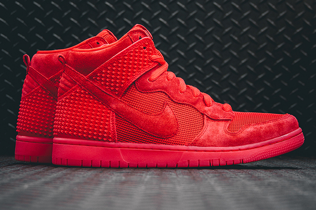Nike-Dunk-CMFT-Premium-Light-Crimson-4th-of-July