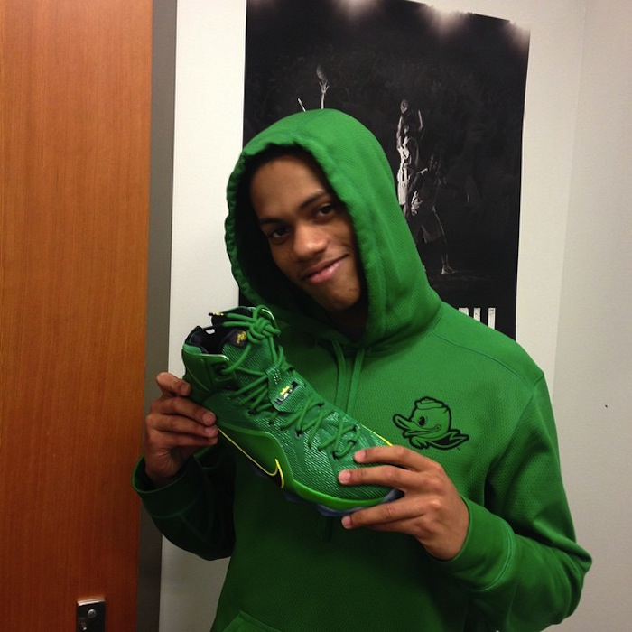 Nike-LeBron-12-Oregon-Ducks-1