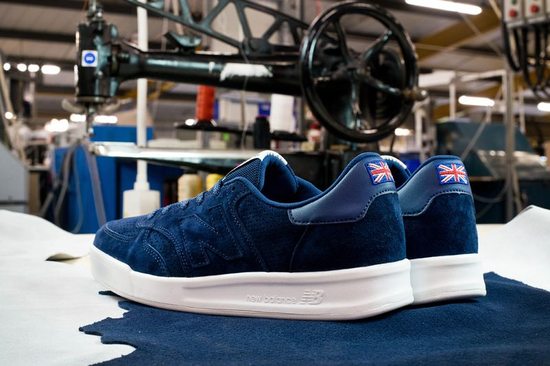 new-balance-flying-the-flag-collection_result