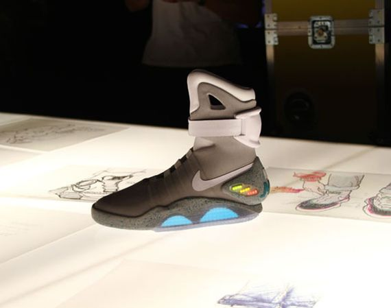 Nike MAG 2016 Release Date - Back From the Future | Nikeblog.com