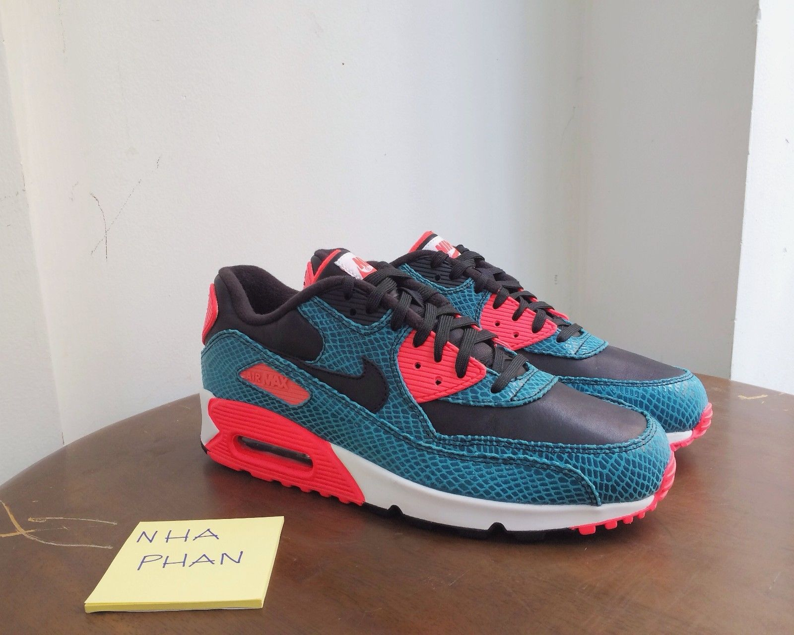 nike-air-max-90-infrared-teal-snake