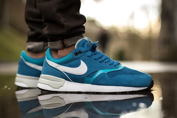 nike-air odyssey-dark electric blue