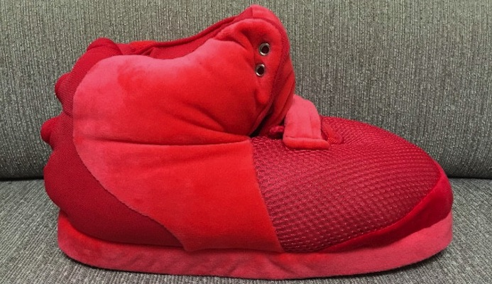 nike-air-yeezy-slippers-red-october