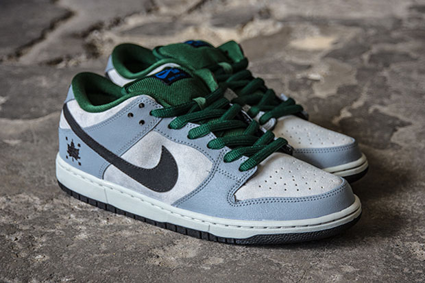nike-dunk-low-pro-sb-maple-leaf-02
