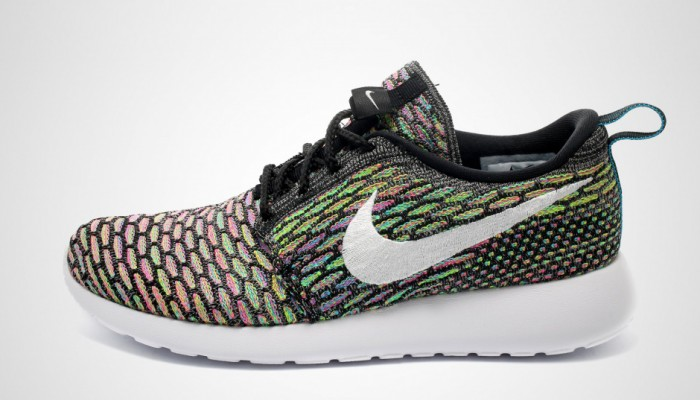 nike-flyknit-roshe-run-multicolor-700x400