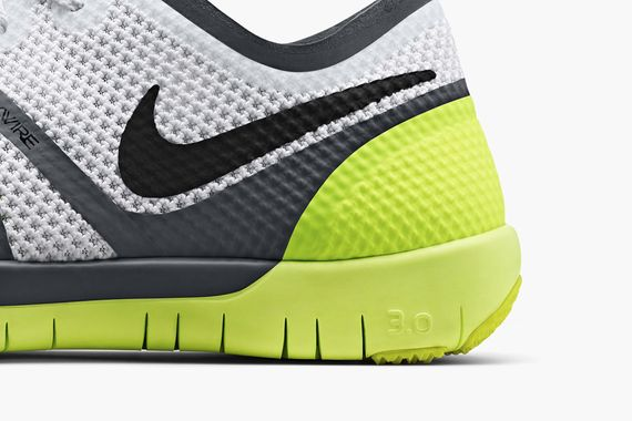 nike-free trainer 3.0-white-volt-cool grey-black_03