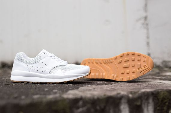 nike-safari deconstruct-white-gum