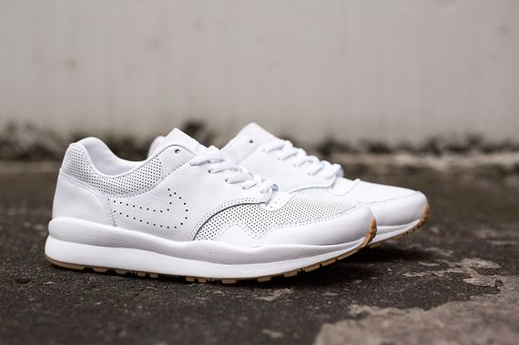 nike-safari deconstruct-white-gum_03