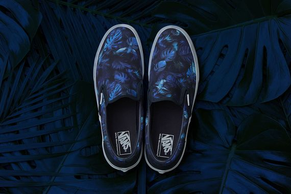 white mountaineering-vans-slip on-hummingbird floral